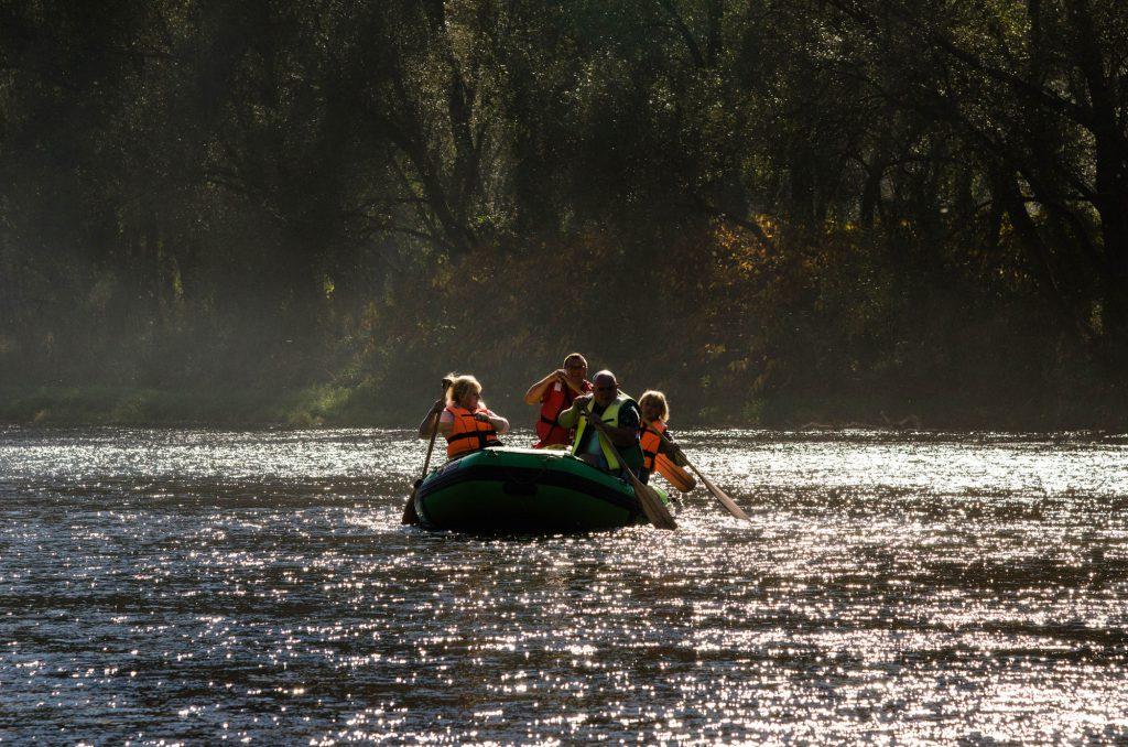 bezpieczny spływ, spływ pontonowy grupa zorganizowana, Bieszczady, atrakcje Bieszczady