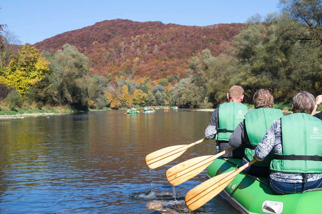 wycieczka-splywy-pontonowe-bieszczady-dla-grup-zielony-ponton-11