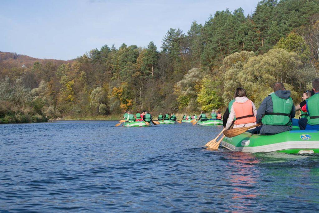wycieczka-splywy-pontonowe-bieszczady-dla-grup-zielony-ponton-12