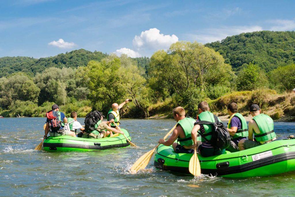 wycieczka-splywy-pontonowe-bieszczady-dla-grup-zielony-ponton-13