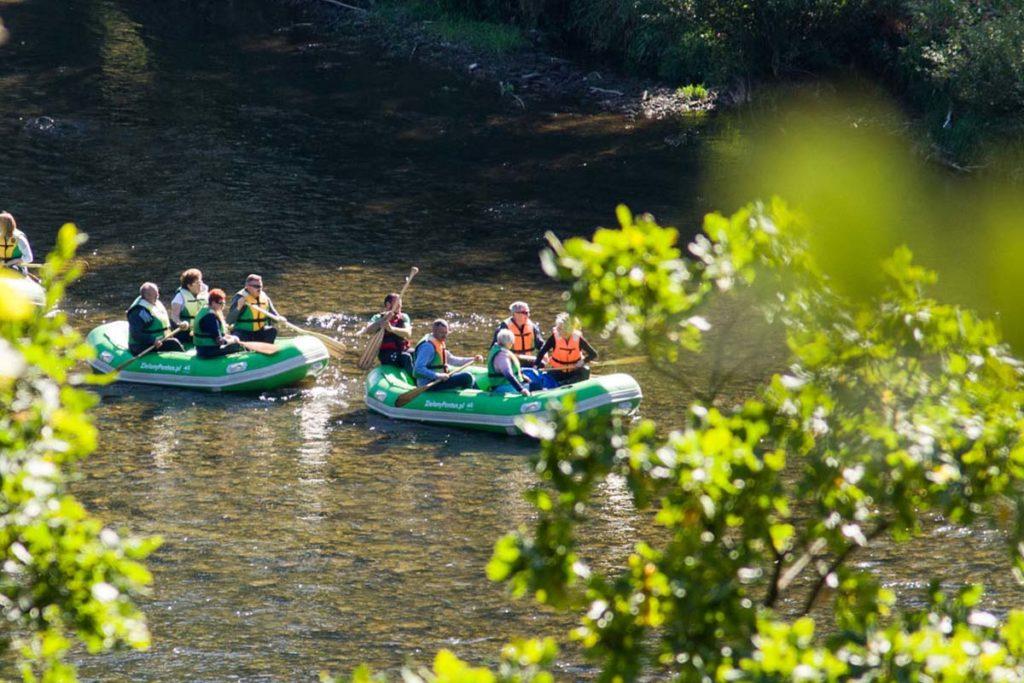 wycieczka-splywy-pontonowe-bieszczady-dla grup-zielony-ponton-2-