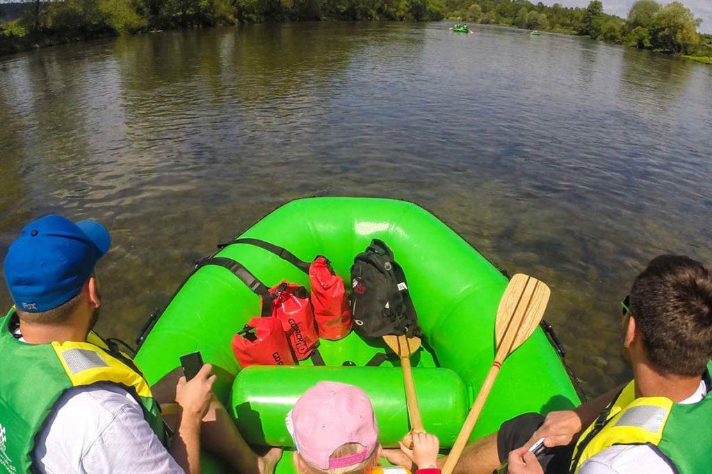 wycieczka-splywy-sanem-atrakcje-wakacje-bieszczady-zielony-ponton-san-11