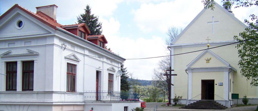 Zwiedzanie cerkwi prawosławnej w Sanoku.