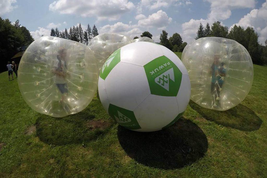 mega-piłka-bumper-ball-bieszczady-atrakcje-szkoly