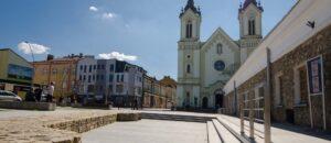 Sanok na wakacje - zabytkowy plac św. Michała.