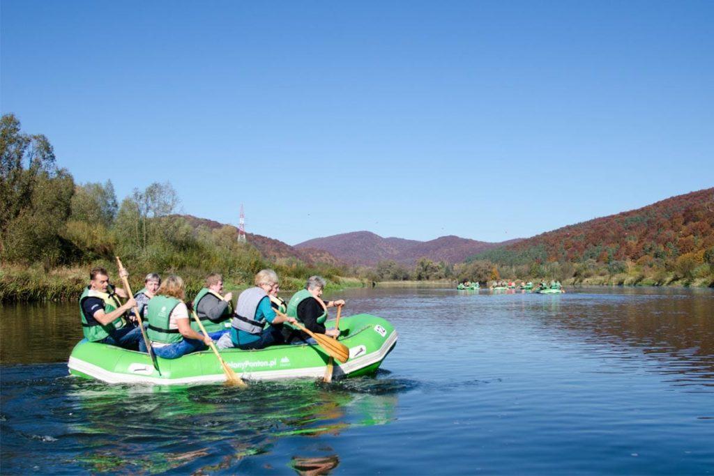 wycieczka-splywy-bieszczady-dla grup-zielony-ponton