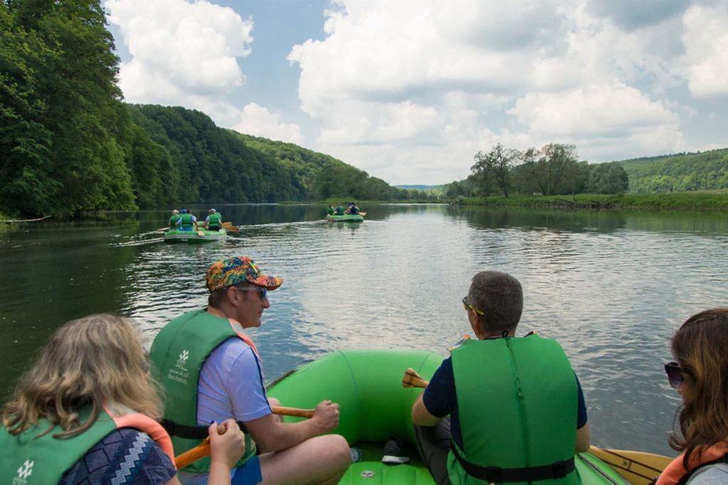 wycieczka-splywy-pontonowe-bieszczady-dla grup-zielony-ponton-