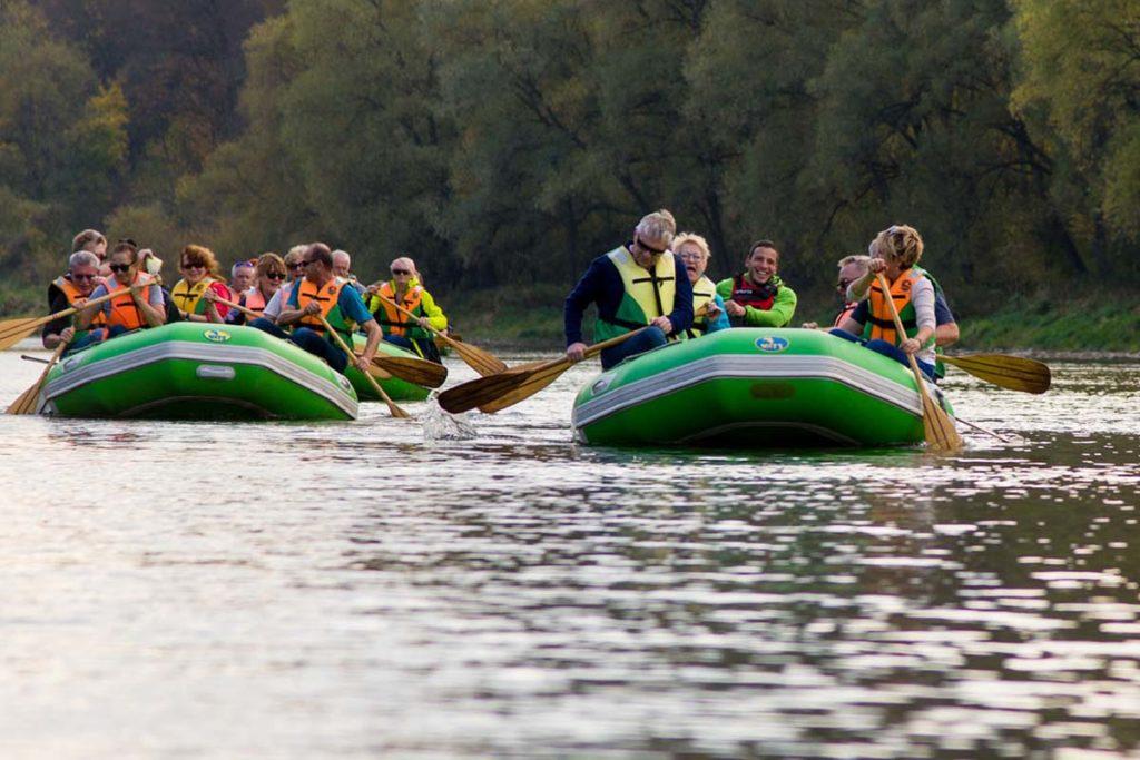 wycieczka-splywy-pontonowe-bieszczady-dla grup-zielony-ponton-5