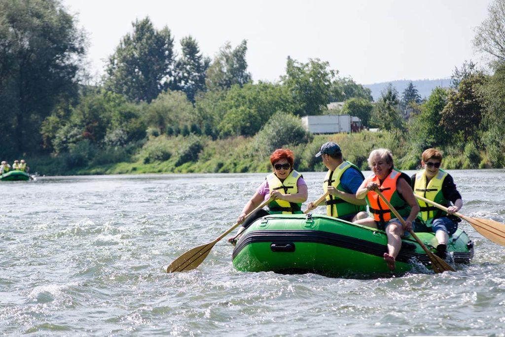 wycieczka-splywy-sanem-atrakcje-bieszczady-zielony-ponton-san-14