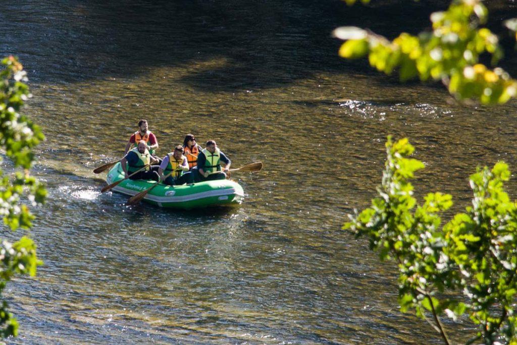 wycieczka-splywy-sanem-atrakcje-wakacje-bieszczady-zielony-ponton-san-10