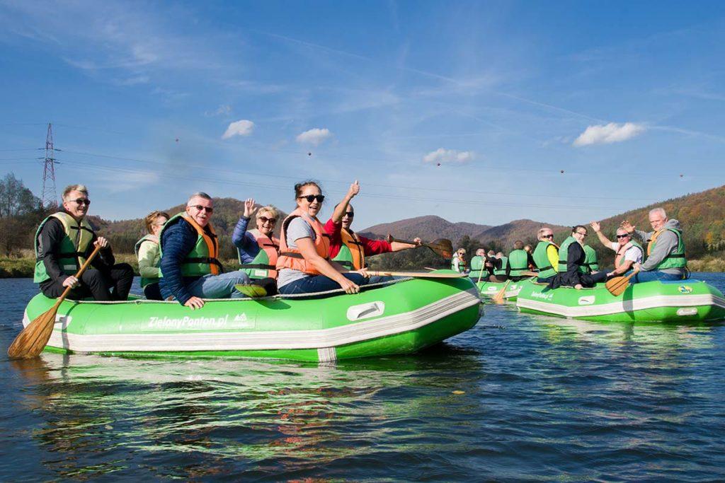 wycieczka-splywy-sanem-atrakcje-wakacje-bieszczady-zielony-ponton-san-2