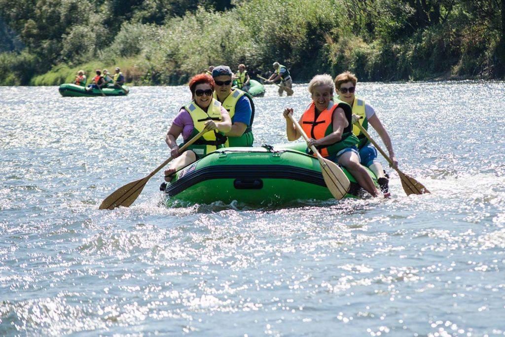 wycieczka-splywy-sanem-atrakcje-wakacje-bieszczady-zielony-ponton-san-9