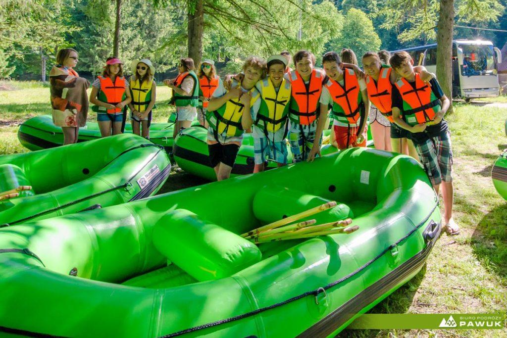wycieczki-szkolne-bieszczady-atrakcje-san-zielony-ponton-3